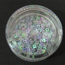 Decori per unghie quadratini forati lilla con striature viola 7205