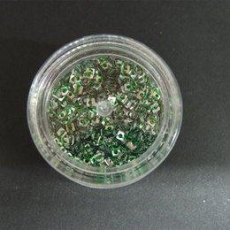 Decori per unghie quadratini forati argento con striature verdi 7252
