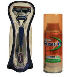 Gillette Kit Rasoio Fusion + Hydra Gel Sensitive 200 ml